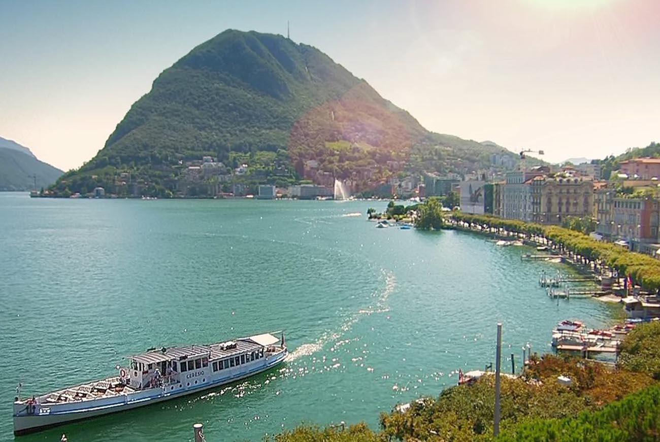 Battello sul Lago di Lugano